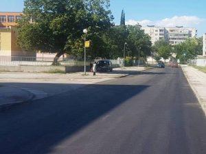 """Преасфалтираха поредна улица и възлово кръстовище в """"Източен"""""""
