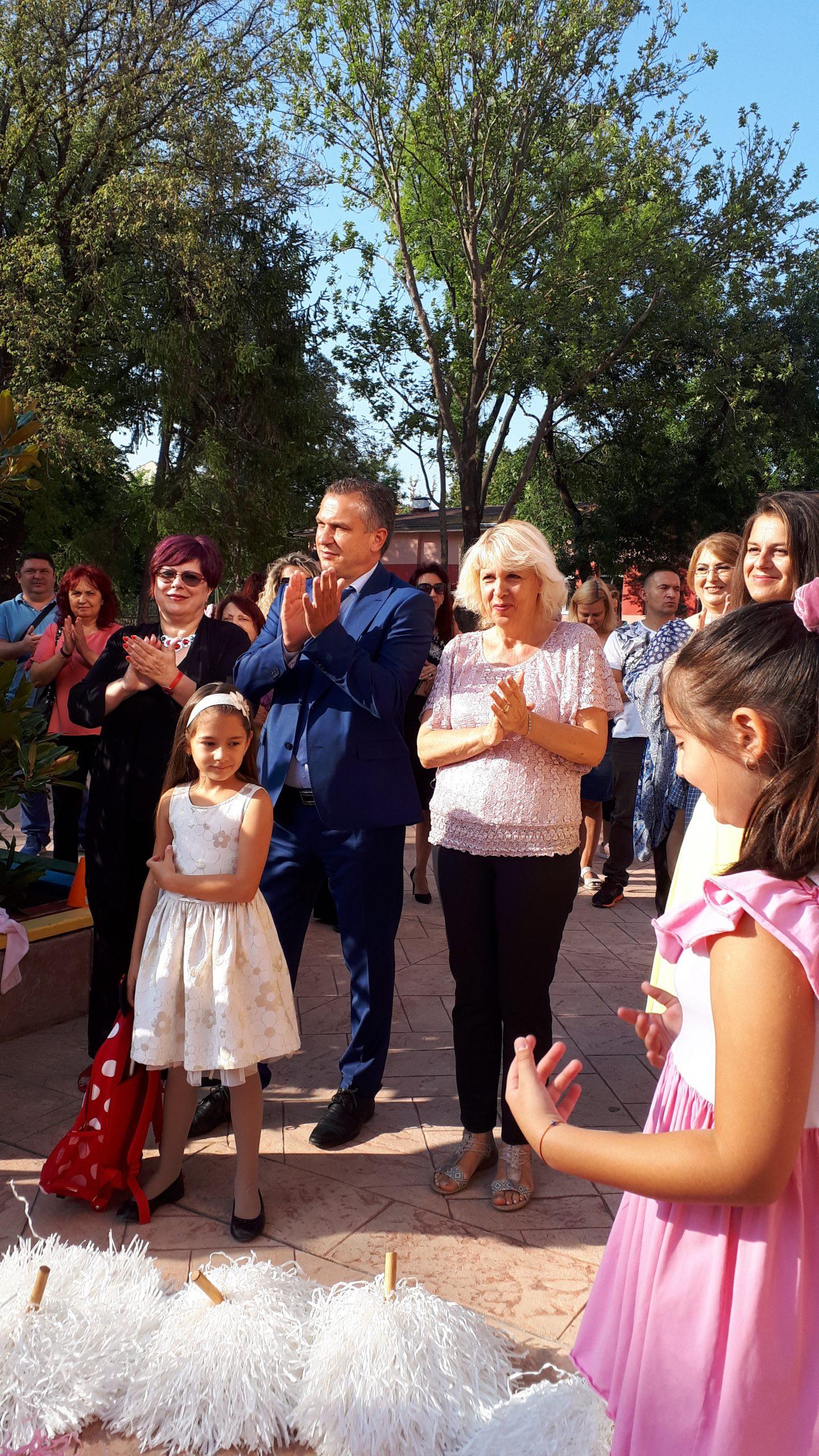 Кметът Иван Стоянов откри учебната година в район Източен